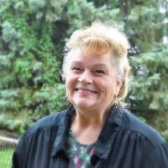 Lynn Holland